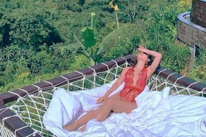 'Nóng mắt' với bộ ảnh bikini cực sexy của Phương Trinh Jolie