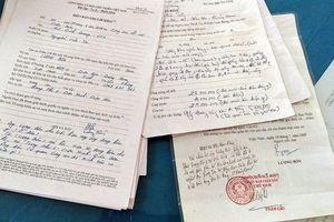 Nguyên chủ tịch phường bị khởi tố vì bán đất nghĩa trang