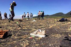 Ám ảnh những mảnh vỡ và thi thể nạn nhân vụ rơi máy bay Ethiopia