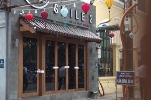 Niêm phong quán cà phê nghi có người đàn ông nước ngoài chết sau khi hút bóng cười