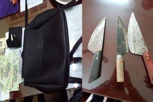 Mang dao bầu, dàn cảnh va chạm giao thông để cướp ở Hà Nội: Khởi tố vụ án