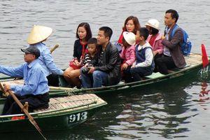 Xử nghiêm đưa rước khách không phép ở ngã ba sông Nhà Bè - Lòng Tàu