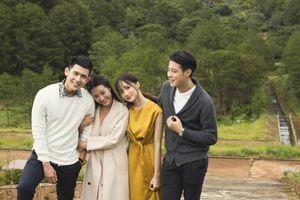 Bài học sâu sắc rút ra từ MV của Hương Giang: Tình bạn bền vững khi cả hai cùng... không có bồ!