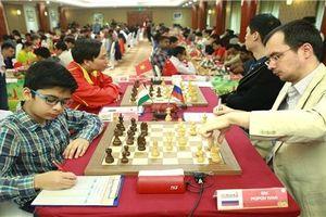 Chủ tịch Liên đoàn cờ vua thế giới sẽ trao cúp vô địch giải cờ vua quốc tế HDBank