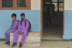 Nghi rò rỉ hóa chất, Malaysia đóng cửa hàng chục trường học