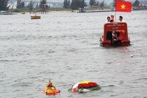 Xúc động lễ tưởng niệm 64 chiến sĩ Gạc Ma ở Đà Nẵng