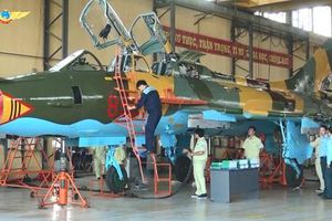 Ghé thăm 'bệnh viện tiêm kích' của Không quân Việt Nam