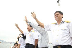 Lễ tưởng niệm liệt sĩ Gạc Ma: Chào những anh hùng nằm lại biển khơi