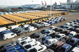 Công nghiệp Trung Quốc tăng trưởng thấp nhất 17 năm