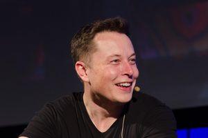 Elon Musk từng sống với 1 đô la một ngày và những bí mật thời thơ ấu của tỷ phú công nghệ