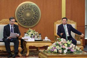 Bộ trưởng Trần Hồng Hà làm việc với đoàn công tác Hội đồng Kinh doanh Hoa Kỳ - ASEAN