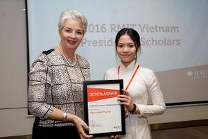 RMIT Việt Nam dành 33 tỷ đồng trao tặng học bổng cho 112 sinh viên