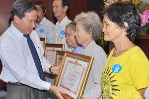 TP. Hồ Chí Minh vận động thi đua 'Gia đình tiết kiệm điện' năm 2019