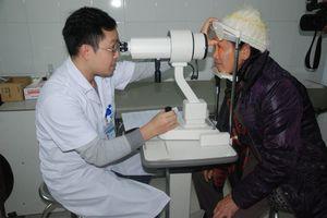 Mù lòa do tự ý sử dụng thuốc nhỏ mắt kéo dài