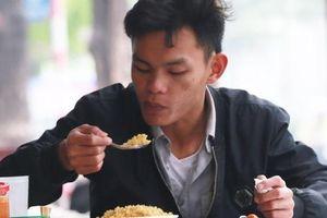 Chùm ảnh từ 6 tuyến phố mới sẽ có kiểm soát ATVSTP tại Hà Nội