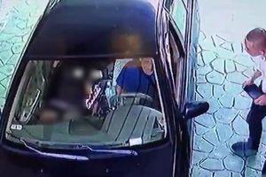 Kẻ giết bạn gái rồi đưa lên ôtô chở đi nhiều nơi có thể thêm tội