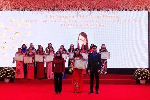 Hai cán bộ nữ công công đoàn cơ sở tỉnh Phú Thọ được vinh danh