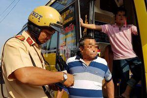 Mỗi khách ngồi taxi, xe khách ở TP.HCM không cài dây an toàn: Tài xế sẽ bị phạt 'khủng'