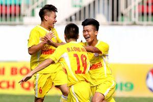 HLV Vũ Hồng Việt: 'Hà Nội tuyên bố sẽ vô địch U.19 quốc gia'