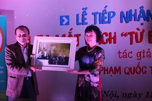 Gần 400 hiện vật, tài liệu, hình ảnh quý trao tặng Bảo tàng Báo chí Việt Nam