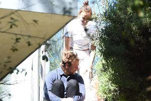 Bradley Cooper hạnh phúc bên hôn thê Irina Shayk và con gái Lea