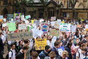 Học sinh, sinh viên Australia, Hong Kong (Trung Quốc) bãi khóa kêu gọi hành động