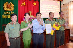 Công an tỉnh Bến Tre được khen thưởng đột xuất