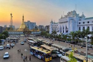 Yangon thay đổi thế nào sau 16 năm cấm xe máy triệt để?