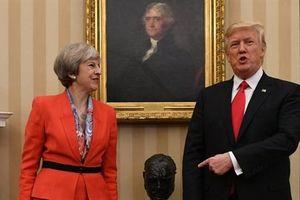Giữa tâm bão Brexit, ông Trump chê bà May không nghe lời