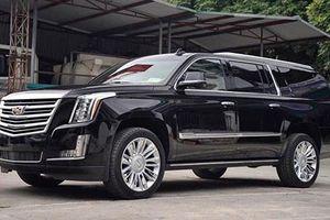 Cận cảnh Cadillac Escalade ESV giá hơn 11 tỷ ở Hà Nội