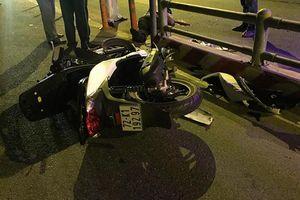 Lao vào dải phân cách trên cao tốc, nam thanh niên đi xe SH chết thảm
