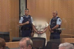 Phiên tòa xử nghi phạm xả súng làm hơn 50 người chết ở New Zealand dài … 1 phút
