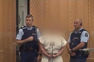 Nghi phạm xả súng New Zealand ra tòa, đối mặt tội danh giết người