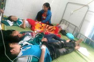 Thái Nguyên: 23 học sinh tiểu học nhập viện cấp cứu sau khi uống sữa đậu nành miễn phí