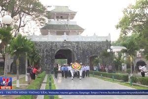 Tặng quà gia đình CCB tiêu biểu tại Điện Biên