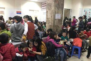 Vụ hàng trăm trẻ nghi ăn thịt 'bẩn': Hơn 1.200 trẻ ở Bắc Ninh tiếp tục lên Hà Nội khám