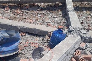 Vụ sập bức tường đang xây dựng ở Vĩnh Long: Công ty xây dựng nói gì?