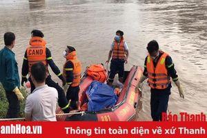 Những hy sinh thầm lặng của người lính cứu nạn, cứu hộ