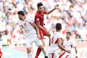 Văn Hậu lọt vào tầm ngắm của đội bóng hàng đầu nước Đức: 'Của hiếm' của bóng đá Việt Nam