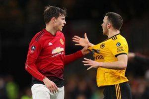 Wolves 0-0 Man Utd: Chủ nhà 'đổ bê tông'