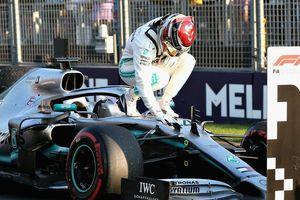 Đội nhà thắng lớn, Hamilton vẫn chưa thể nở nụ cười