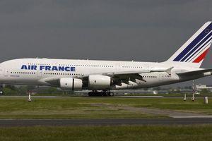 Máy bay từ TP.HCM suýt va chạm trên không với phi cơ khác