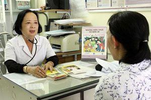 Giảm gánh nặng tài chính cho người nhiễm HIV/AIDS