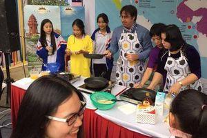 Giám đốc VP Châu Á-Thái Bình Dương Tổ chức quốc tế Pháp ngữ trổ tài đầu bếp