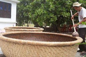 Kỳ công nghề đan thuyền thúng ở xứ Quảng