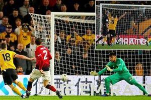 Man Utd thua sốc, dâng cúp tận tay Man City