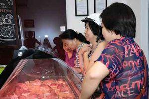 Có nên 'tẩy chay' thịt lợn an toàn vì bệnh dịch?