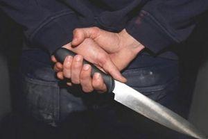 Mâu thuẫn trong quán ăn, một người bị đâm chết