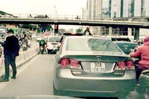 'Sốc' vì hành vi thiếu văn hóa của người tham gia giao thông