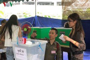 Hơn 2,6 triệu cử tri Thái Lan đi bầu cử sớm